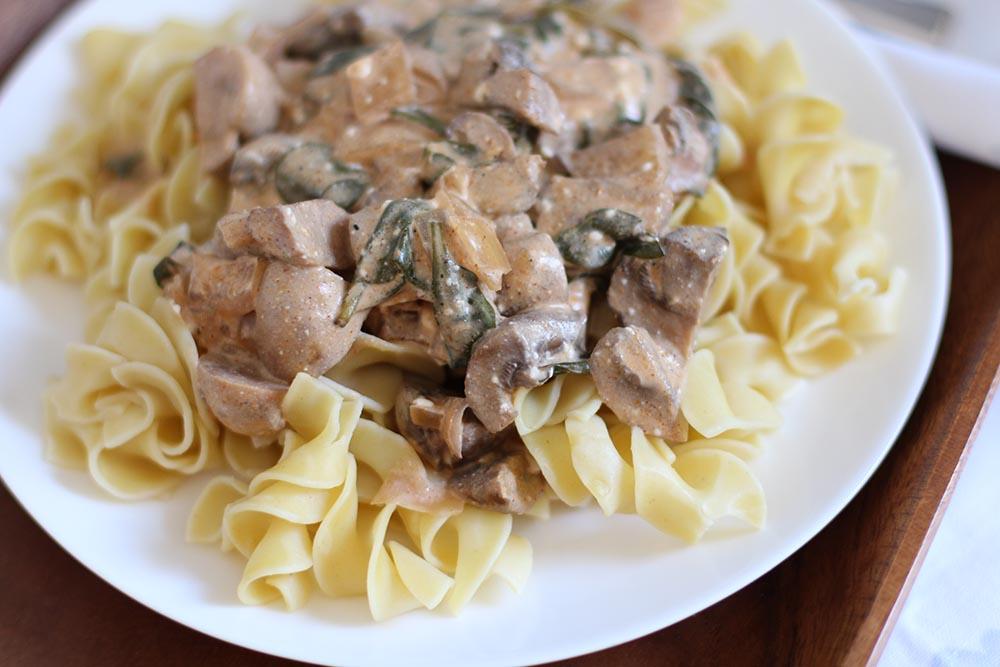Mushroom Spinach Crockpot Stroganoff