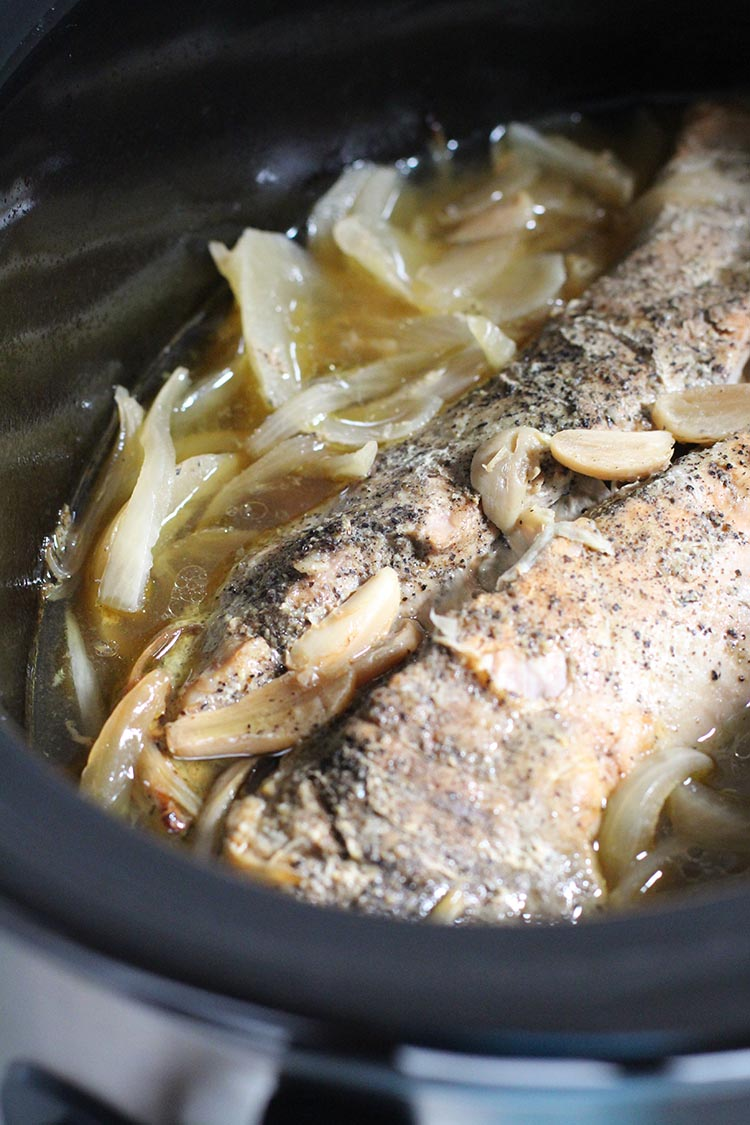 Slow Cooker Garlic-Mint Pork Loin