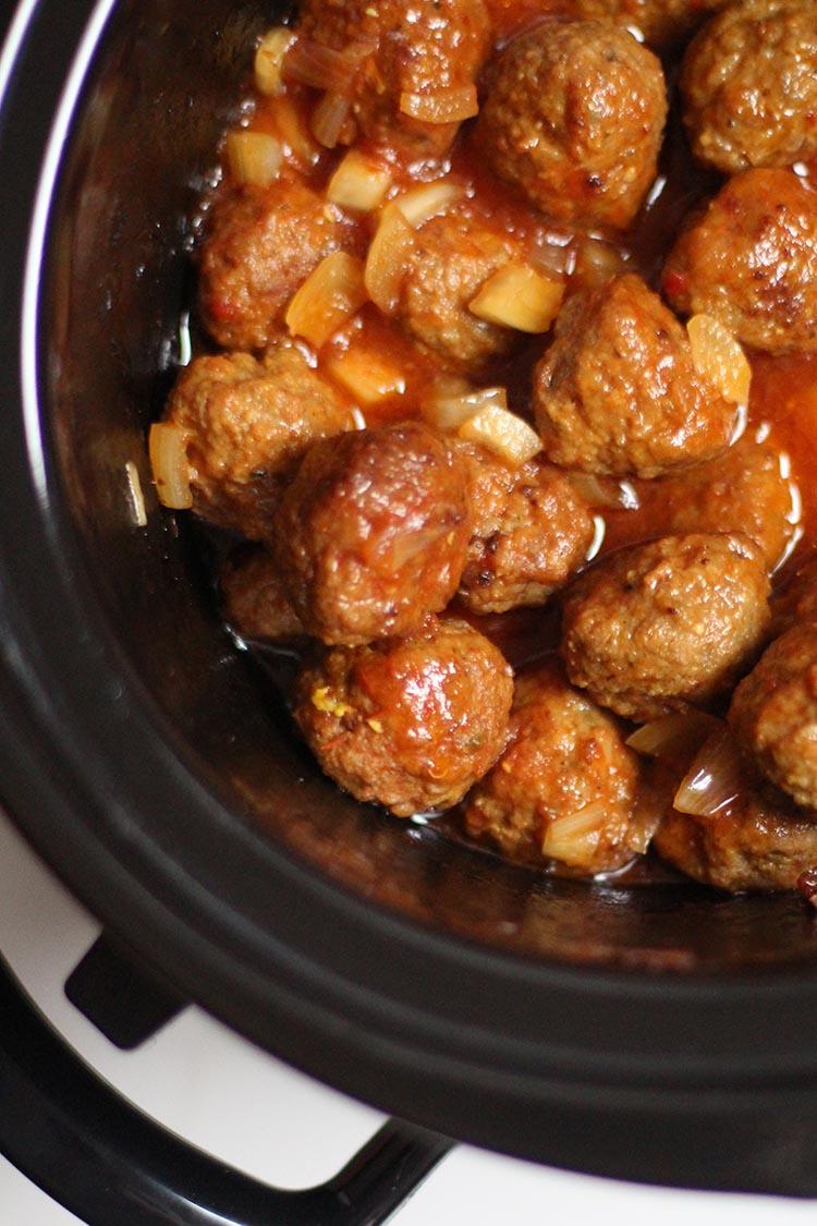 Crock Pot Cocktail Meatballs