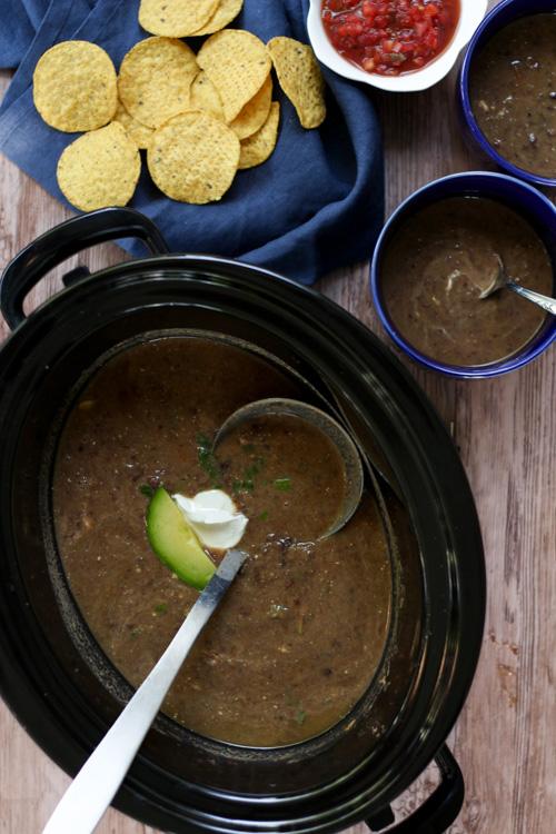 Crockpot Vegetarian Black Bean Soup (Panera Copycat)
