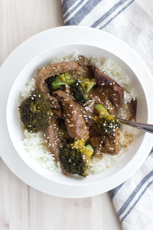 Healthy Crockpot Beef and Broccoli