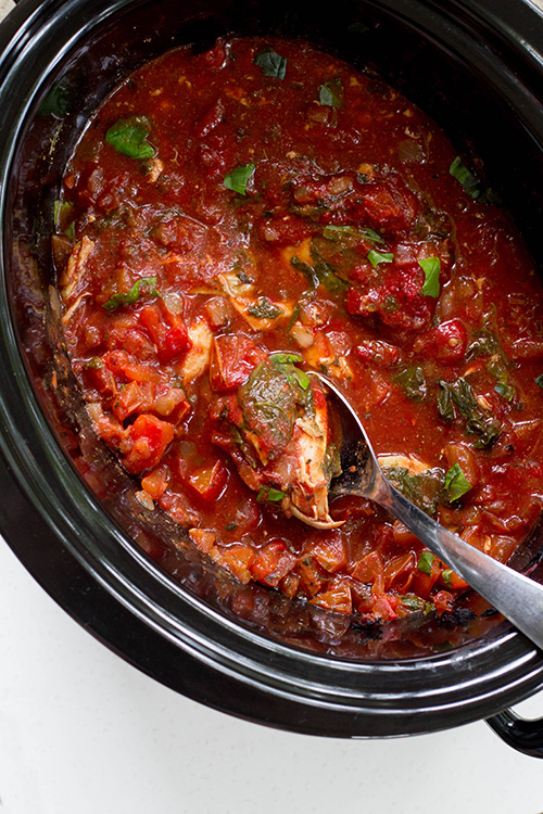 Crockpot Tuscan Chicken with Fresh Tomatoes