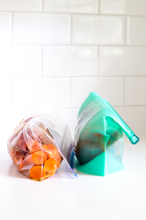 Reusable Silicone Bags vs Plastic Freezer Bags